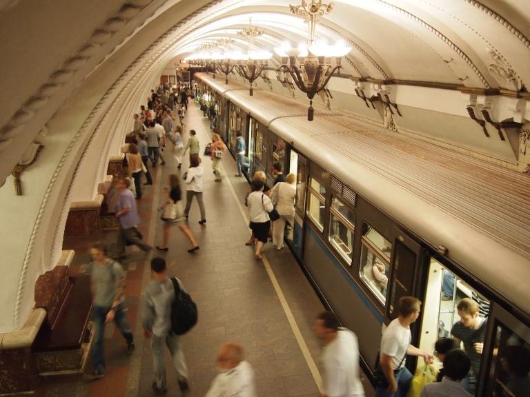 moscow-metro-books