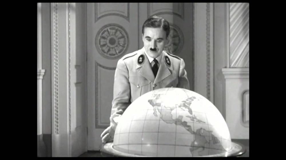great-dictator-charlie-chaplin-hynkel-globe-dance